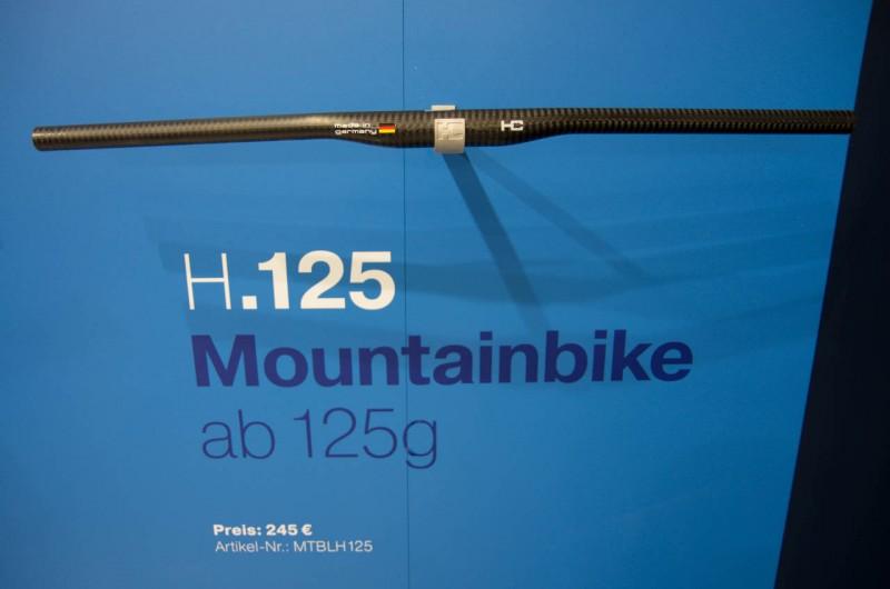 Der H.125 ist ein 125g leichter Low Riser und ist für 245€ zu haben