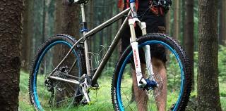 Einhorn-Bike 101 – 29er Titan Trailbike