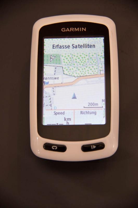 Im Gegensatz zum Edge 810 verzichtet man beim Edge Touring bewusst auf ausführliche Trainingsfunktionen; es steht jedoch eine Datenseite mit bis zu 10 Datenfeldern zur Verfügung