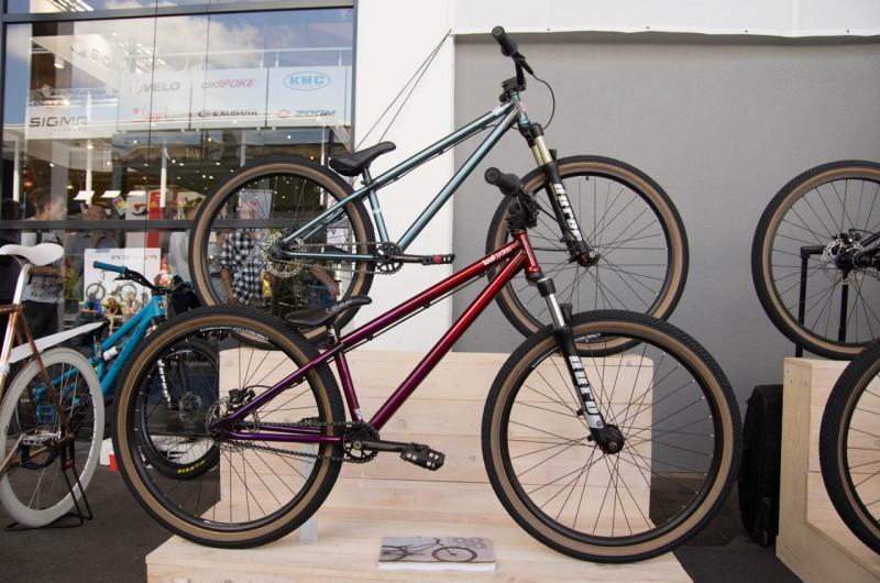 Leaf Cycles aus Augsburg zeigte seine Dirtbikes