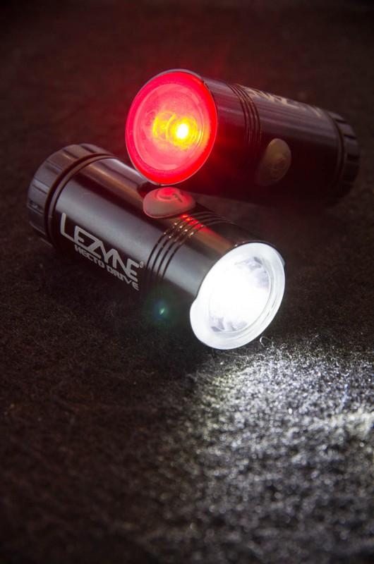 Lezyne_05_Ebenfalls neu ist die Hecto Drive, welche mit bis zu 100 Lumen vorne und 15 Lumen hinten die Nacht erhellen soll