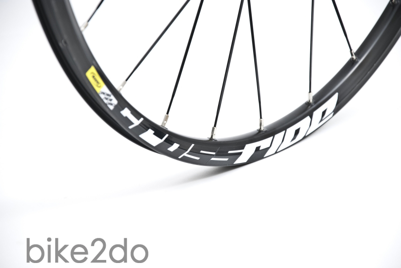Mavic_Crossride_Disc_2013_01