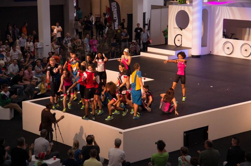 Messe_03_Die Modeschau der Eurobike im vollen Gang